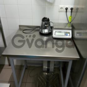Продам столы б/у из нержавеющей стали для заведений общественного питания