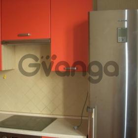 Сдается в аренду квартира 1-ком 48 м² Зеленая,д.32к1