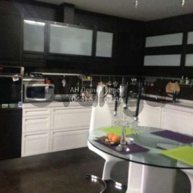Сдается в аренду квартира 3-ком 125 м² ул. Григоренко Петра, 28, метро Позняки