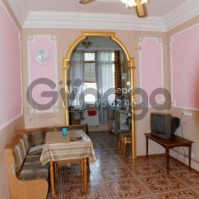 Продается квартира 2-ком 101 м² ул. Яблоневая, 10, метро Бориспольская