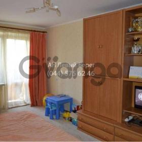 Продается квартира 1-ком 34 м² ул. Милютенко, 11, метро Черниговская
