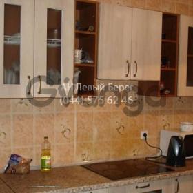 Продается квартира 3-ком 88 м² ул. Григоренко Петра, 12, метро Позняки