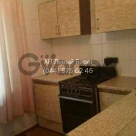 Продается квартира 2-ком 54 м² ул. Ревуцкого, 18, метро Харьковская