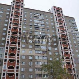 Продается квартира 2-ком 60 м² ул. Олейника Степана, 19, метро Позняки
