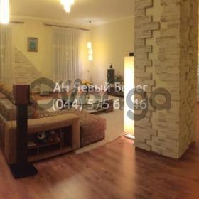 Продается квартира 2-ком 108 м² ул. Бессарабская, 5, метро Театральная