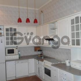 Сдается в аренду квартира 3-ком 76 м² ул. Каменева Командарма , 4, метро Печерская