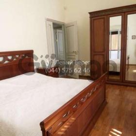 Сдается в аренду квартира 2-ком 90 м² ул. Крещатик, 32б, метро Площадь Независимости