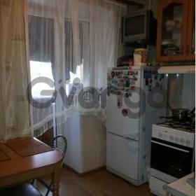 Продается квартира 2-ком 39.9 м² Хрустальная ул.