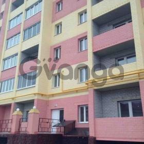 Продается квартира 2-ком 56 м² Хрустальная ул.
