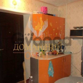 Продается комната 10-ком 18 м² Болотникова ул.