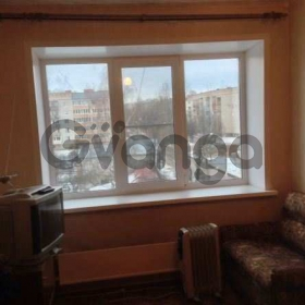 Продается комната 10-ком 14 м² Платова ул.