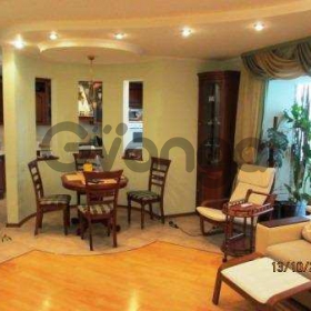 Сдается в аренду квартира 3-ком 130 м² Луначарского ул.