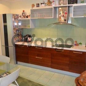Сдается в аренду квартира 2-ком 72 м² ул. Бажана Николая, 12, метро Осокорки