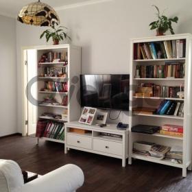 Продается квартира 2-ком 60 м² пер.Западный 19б