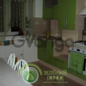 Продается квартира 2-ком 65 м² Добролюбова