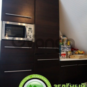Продается квартира 2-ком 48 м² Ленина