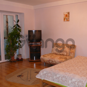Квартира посуточно Владимиро-Лыбедская 16 центр Киев