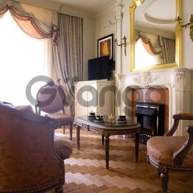 Сдается в аренду квартира 2-ком 75 м² ул. Руставели Шота, 44, метро Дворец Украина