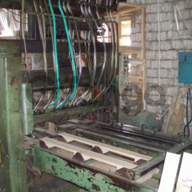 Продаётся автоматическая линия сборки поддонов FERE в рабочем состоянии.