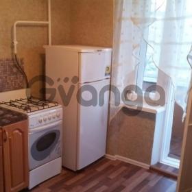 Сдается в аренду квартира 2-ком 50 м² Петровский,д.18
