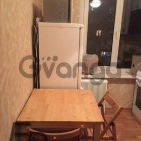 Сдается в аренду квартира 2-ком 42 м² Каховка Ул. 22корп.4, метро Новые черемушки