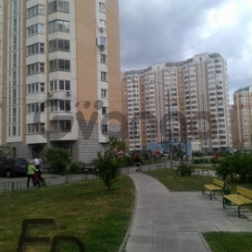 Продается квартира 2-ком 90 м² Радужная Ул. 14корп.1, метро Юго-западная