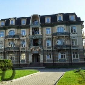 Продается квартира 4-ком 150 м²  , метро Славянский бульвар