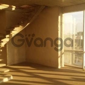 Продается квартира 3-ком 90 м² улица Есенина, 94