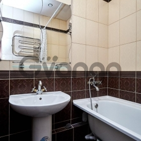 Продается квартира 2-ком 65 м² Ставропольская, 222