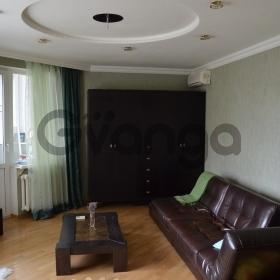 Продается квартира 2-ком 60 м² Уральская, 80