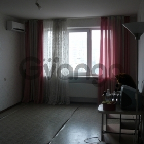 Продается квартира 2-ком 68 м² Дальняя, 6
