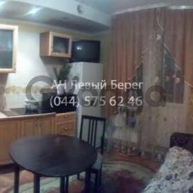Продается квартира 1-ком 55 м² ул. Харьковское шоссе, 19, метро Дарница