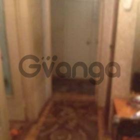 Продается квартира 2-ком 50 м² Малый пер.