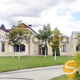 Продается дом 7-ком 650 м² с. Таценки ул.