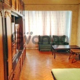 Сдается в аренду квартира 1-ком 44 м² Ольжича ул. 18
