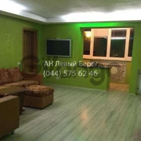 Сдается в аренду квартира 3-ком 90 м² ул. Декабристов, 12/37, метро Харьковская