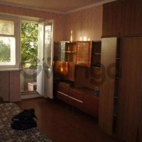 Продается квартира 2-ком 47 м² Кленовая ул.