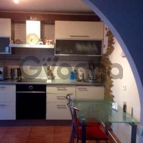 Продается квартира 3-ком 72 м² Суворова ул. 9