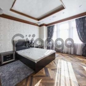 Сдается в аренду квартира 3-ком 150 м² ул. Гончара Олеся, 35, метро Золотые ворота