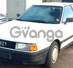 Audi 80 1.8 MT (112л.с.) 1990 г.