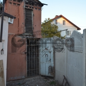 Продается часть дома 3-ком 45 м² Широкий центр Р-н Житній ринок