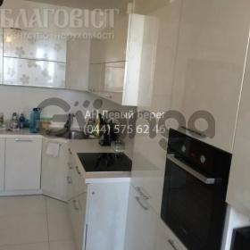 Сдается в аренду квартира 3-ком 120 м² ул. Голосеевская, 13а, метро Васильковская