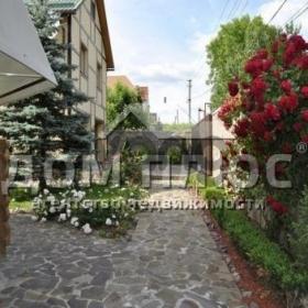 Продается дом 15-ком 1000 м²