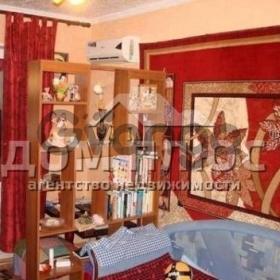 Продается квартира 2-ком 53 м² Чернобыльская