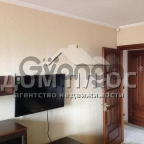 Продается квартира 2-ком 52 м² Дегтяревская