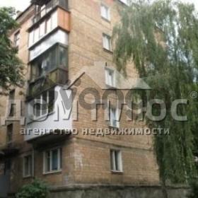 Продается квартира 2-ком 45 м² Ольжича Олега