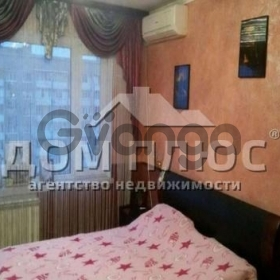 Продается квартира 3-ком 72 м² Лятошинского Композитора
