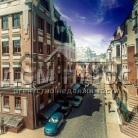 Продается квартира 5-ком 162 м² Воздвиженская