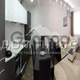 Продается квартира 3-ком 90 м² Вышгородская