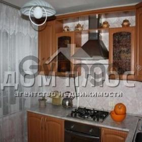 Продается квартира 3-ком 68 м² Залки Мате